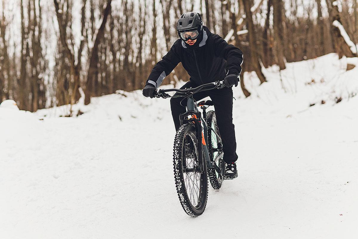 Trucos para salir con la bici en invierno