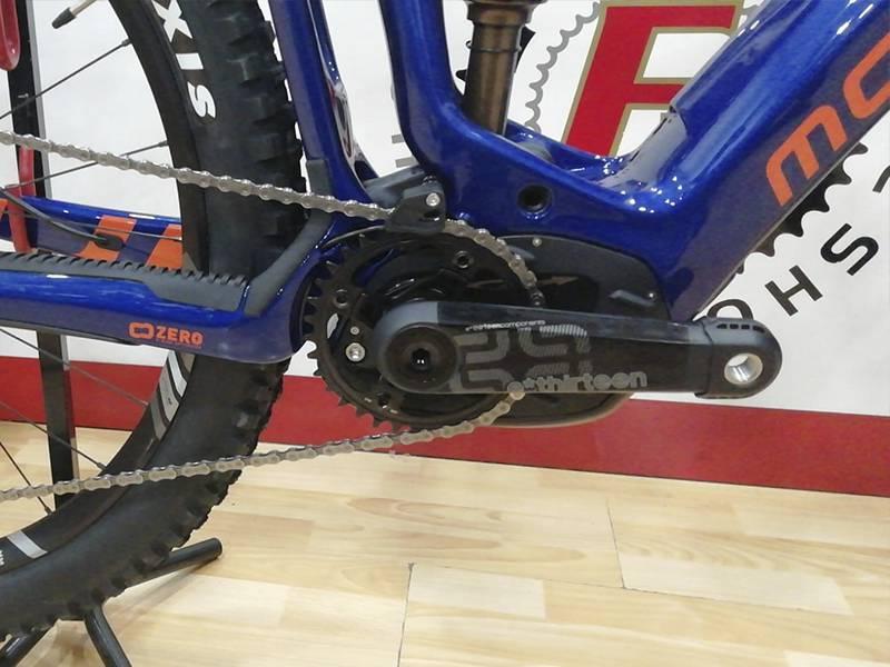 pedales y caja de bicicleta de segunda mano